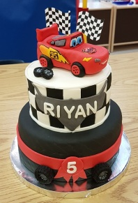 McQueen 5th B-Day Cake (4)