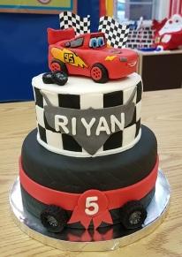McQueen 5th B-Day Cake (5)