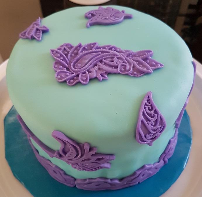 Purple Tiffany Flower Cake (3)