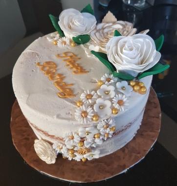 Rustic Birthday Cake (7)