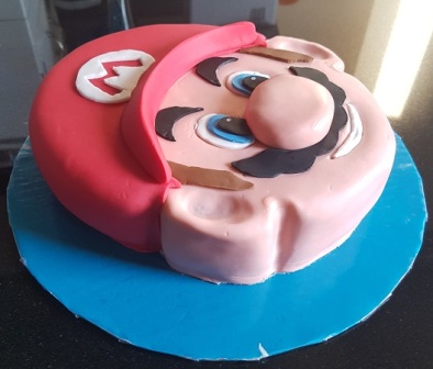 Super Mario Face Cake (3)