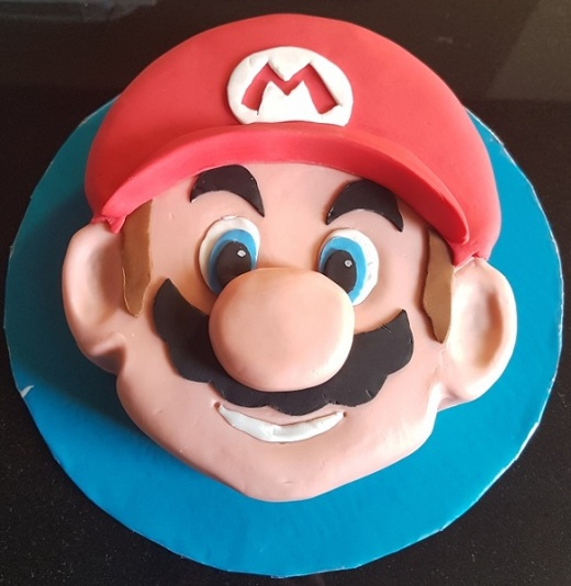 Super Mario Face Cake (4)