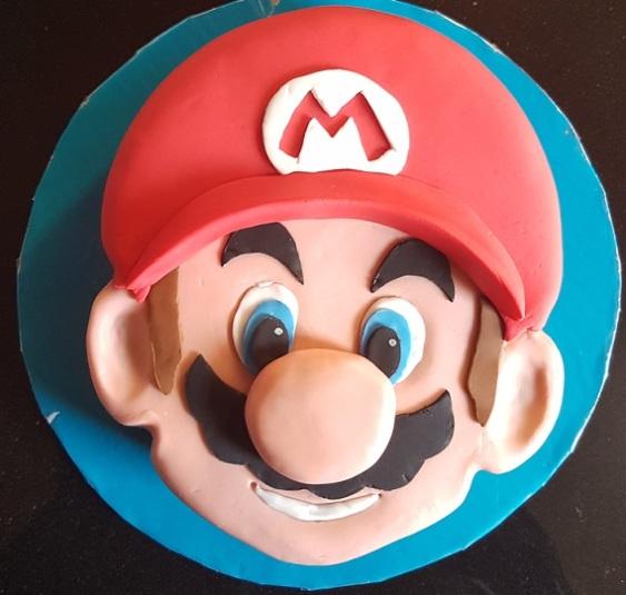 Super Mario Face Cake (5)