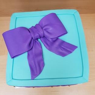 Tiffany Blue & Purple Gift Box Cake (5)