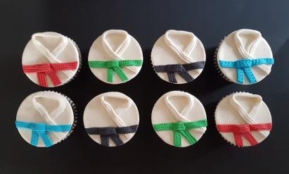 Vegan Marzipan Karate Cupcakes (2)
