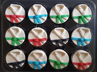Vegan Marzipan Karate Cupcakes (4)