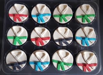Vegan Marzipan Karate Cupcakes (5)