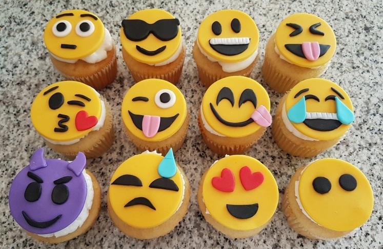 Emoji Cupcakes (3)