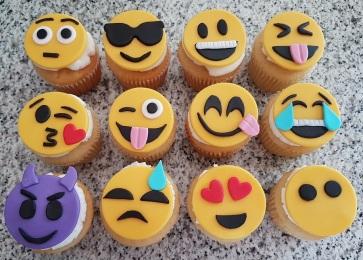 Emoji Cupcakes (5)