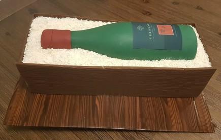 Wine Bottle Cake - Channada (6)