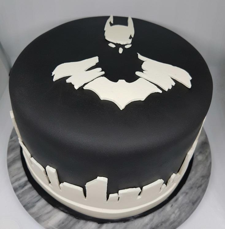 Black White Batman Cake - Vik BDay (3)