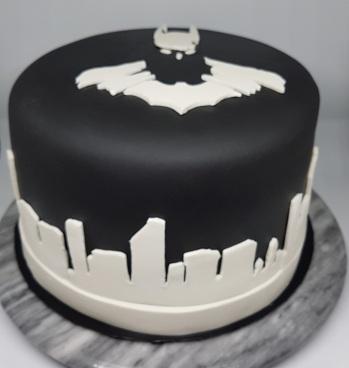 Black White Batman Cake - Vik BDay (5)