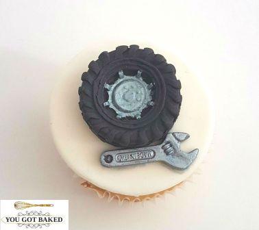 Tire Wrench Mechanic Cupcake (2)