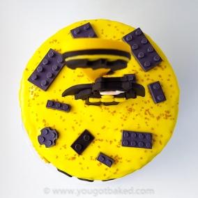 Batman Drip Cake - Original (2)